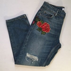 NWT ZARA Distressed Embroidered Rose Sequin Jeans